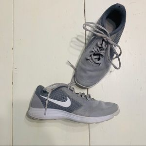 Youth Boy's Nike Tennis Shoes